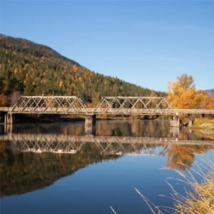 lake-with-bridge
